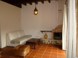 casa luna - saln con chimenea